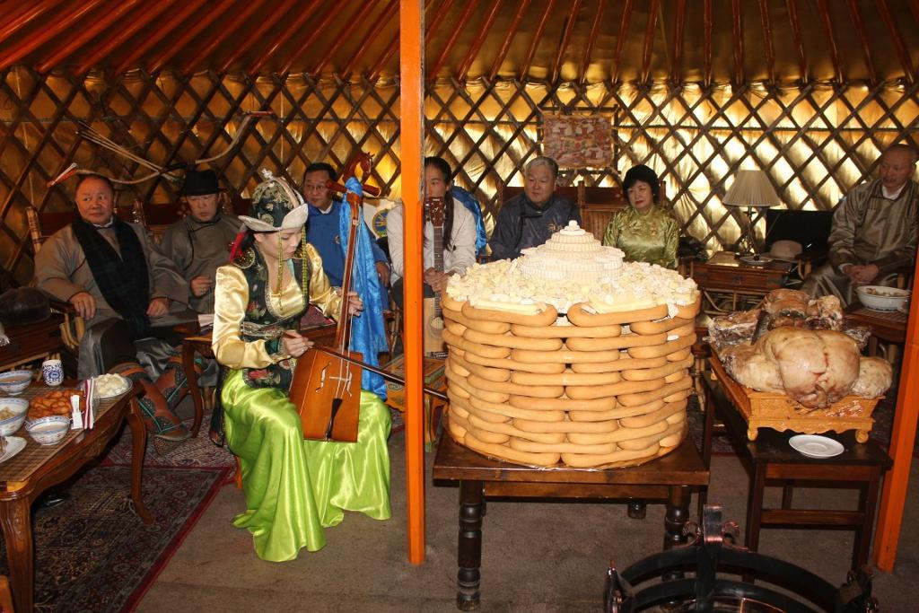 traditional holiday tsagaan sar Tibet and mongolia in their losar and tsagaan sar  (national holiday :)) day before tsagaan sat is  they're one of the traditional foods of tsagaan sar,.